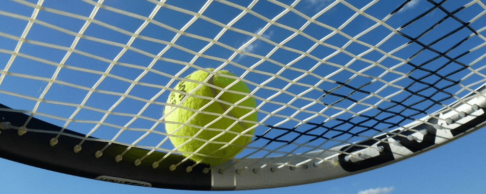Bespannung eines Tennisschlägers