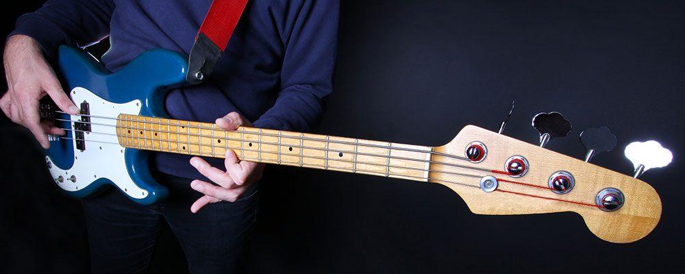 Mit der richtigen Lernmethode kannst auch Du schon bald E-Bass spielen