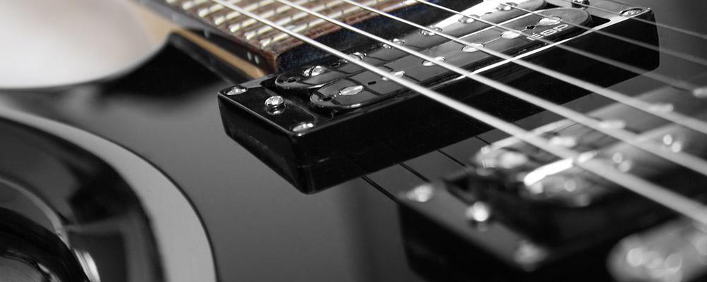 Die Verarbeitungsqualität einer E-Gitarre macht sich auch beim Klang bemerkbar.