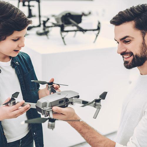 Drohne beim Fachhändler kaufen
