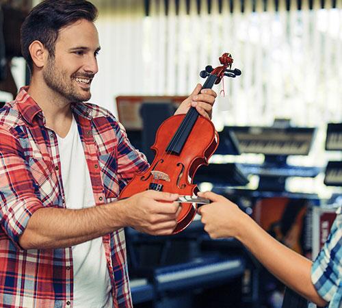 Geige im Laden kaufen