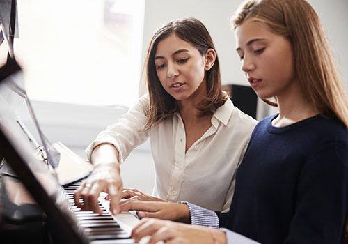 Keyboard Unterricht nehmen
