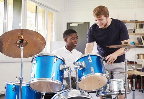 Schlagzeugunterricht nehmen