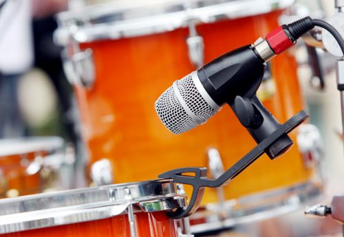 Tom mikrofonieren